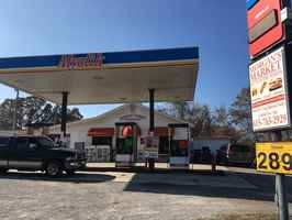 10% Cap Rate Gas Station near Nashville, TN!
