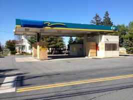 Developer Opportunity Vacant Station Huge Lot!