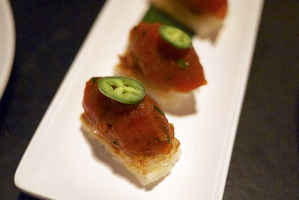 glatt-kosher-asian-fusion-restaurant-brooklyn-new-york