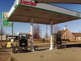 Gas Station & Convenience Store-Owners Retiring