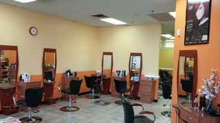 Hair Salon & Spa in Herndon, VA – Priced to Sell!