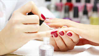 Upscale Newer Nail Salon in Glendale Burbank Area