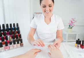 Hair & Nail Salon with High Visibility & Low Rent!