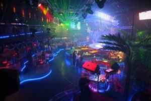 Hollywood Nightclub w/DJ & Dance Permitted