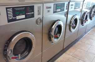 Established Laundromat in Prime Arlington Location