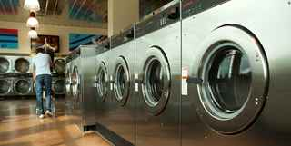 Established Laundromat in Growing Market