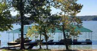 Auction - Kentucky Lakefront Vacation Resort