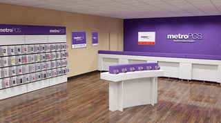 Exclusive Cell Phone Store-Major National Provider