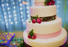Bakery Specializing in Custom Cakes & Desserts
