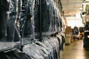 Plant Dry Cleaners w/1 Drop Store! Great Pkg. Deal