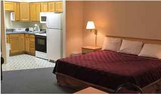 Boutique Motel in Year-Round Tourist Lake Dest.
