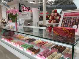3 Profitable French Macaron Kiosks: Lenox Square
