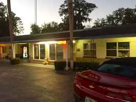Classic Old Florida Style Motel For Sale
