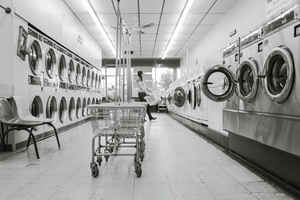 Established Laundromat  - 30414