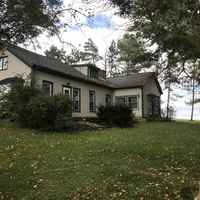 Home , 50 plus acres ,pet kennel that will support