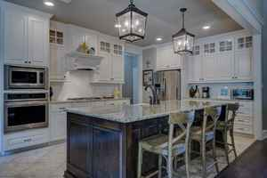 Cabinet Remodeling: Franchise and Non-Franchise