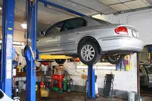 Auto Service Repair - Long Standing Great Location