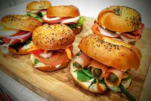 Popular Bagel breakfast lunch in shopping plaza