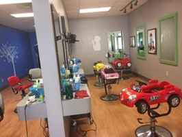 Kids/Adults Haircutters- Hartford County, CT-29807
