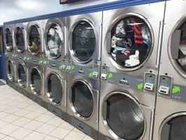 Coin Laundry for Sale in Essex