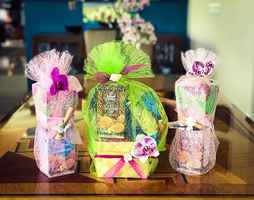 Outer Island Gift Basket and Floral Design Company