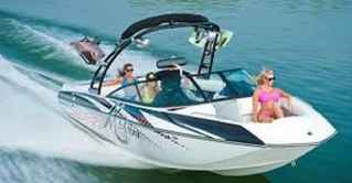 boat-sports-rental-and-parasailing-kelowna-british-columbia