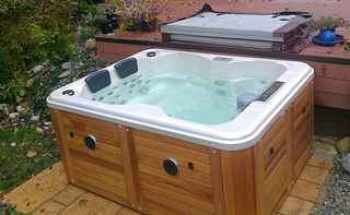Booming Hot Tub and Swim Spa Dealership!