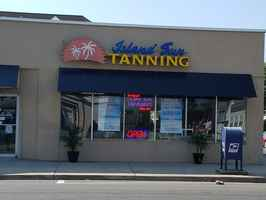 Tanning Salon and Boutique - Profitable!
