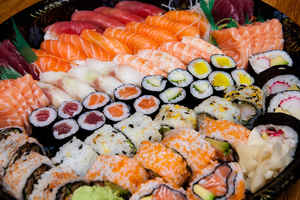 Established Grab & Go Sushi and Catering Business