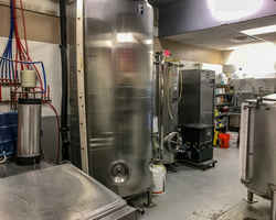 brewery-and-tap-room-with-branding-offered-portsmouth-new-hampshire