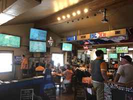 sports-bar-and-grill-houston-texas