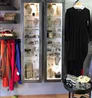 clothing-and-accessories-boutique-chicago-illinois