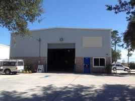 clean-auto-repair-with-real-estate-port-saint-lucie-florida