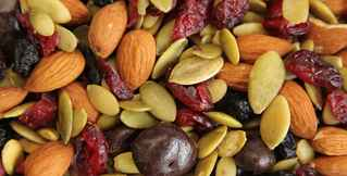 nuts-seeds-and-dried-fruit-distributor