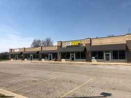 strip-mall-watervliet-michigan
