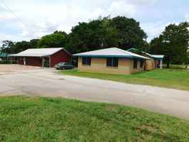 multi-building-investment-opportunity-palestine-texas