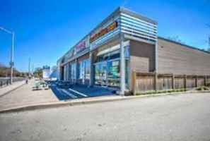 convenience-store-plaza-with-real-estate-okanagan-british-columbia