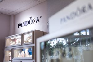 Pandora Jewelry Store in Affluent Town
