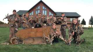 auction-trophy-whitetail-hunting-lodge-long-prairie-minnesota