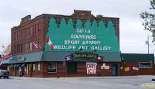 apparel-and-gift-shop-international-falls-minnesota