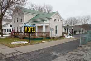 Motel - Fort Ann Location!
