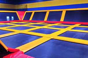 trampoline-park-family-entertainment-franchise-valencia-california