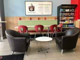 Est. Frozen Yogurt Store Ready for Next Owner