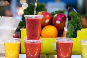 Popular & Well-Known Smoothie Bar - Great Location