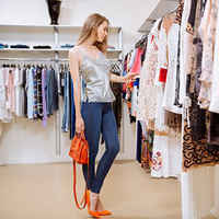 Well-Known & High End Consignment Boutique in NOVA