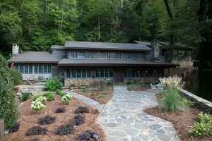 Dahlonega GA Real Estate/Lodge/Restaurant/Land