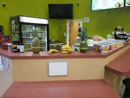 juice-and-smoothie-kiosk-inside-fitness-garden-grove-california