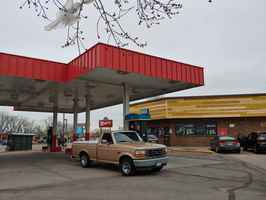 Gas Station/Conv Store-$1M in Sales/Huge price red