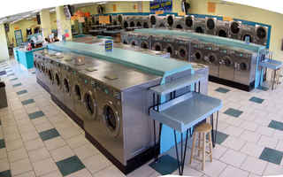 laundromat-with-real-estate-mounds-view-minnesota