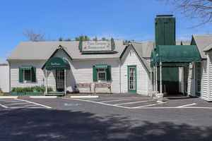 Popular Turn-Key Restaurant For Sale in Floyd, VA